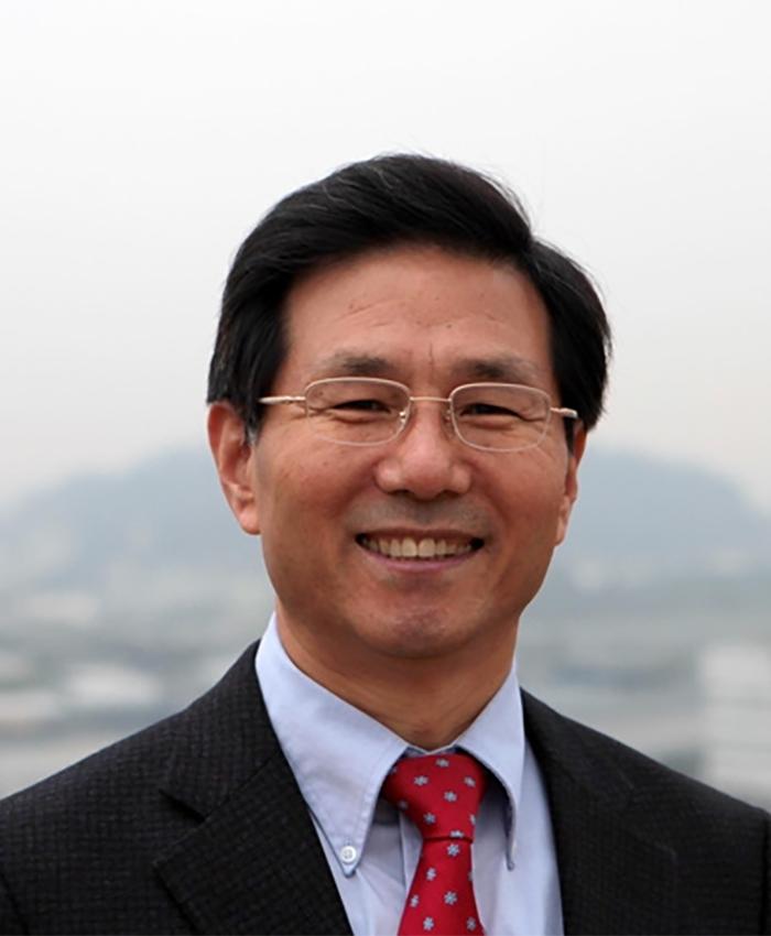 Dr. Yong Joong Cho
