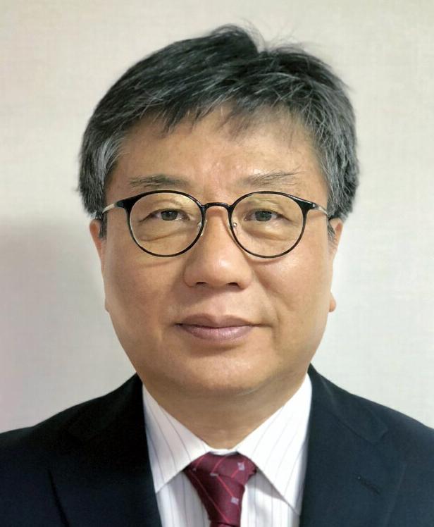 Dr. Dae Heung Kang